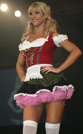 California Costumes: Eye Candy Bavarian Barmaid.