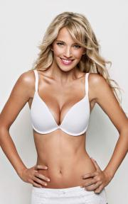 Luisana Lopilato models lingerie by Ultimo.