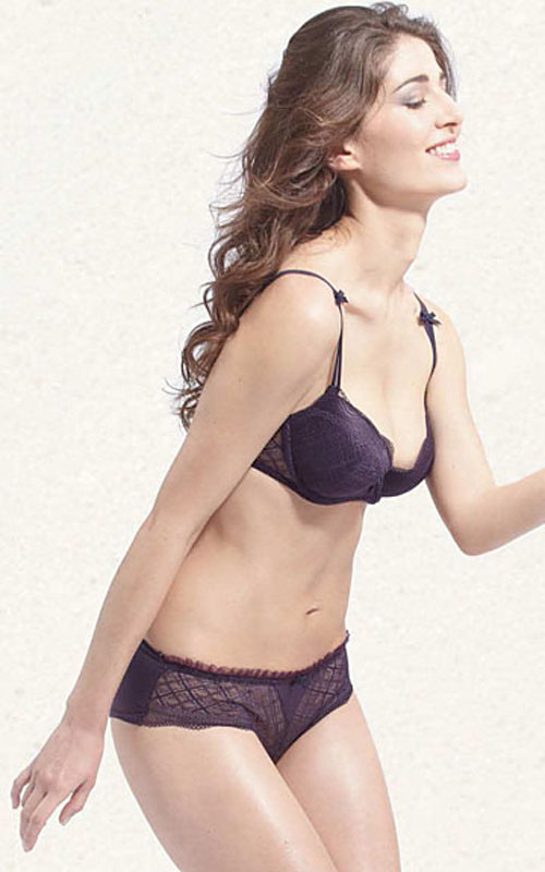 Alice from Luli. Bra Style# AM 112 and Panty Style# AS 112.