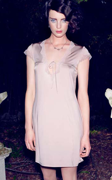 �Maud� #7484 - nightdress, Hanro SS 2013