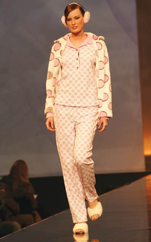 Lohe: Pink squared pajama pants and polka dots jacket.