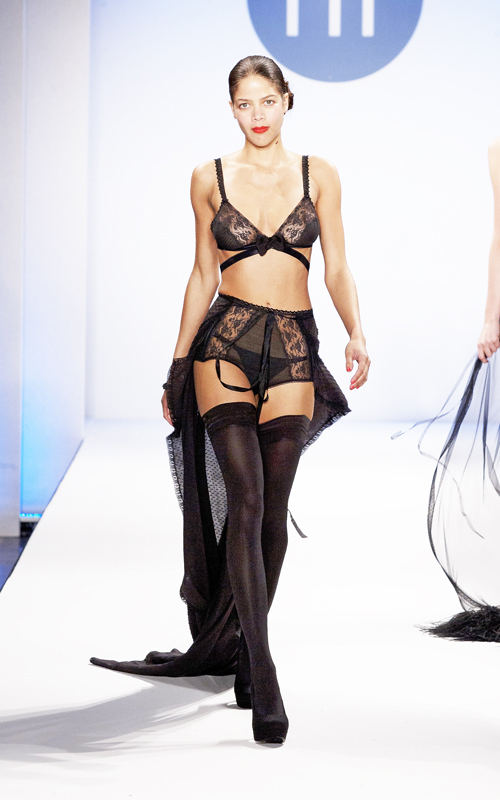 Black cotton bra with high waist panty with long chiffon robe.