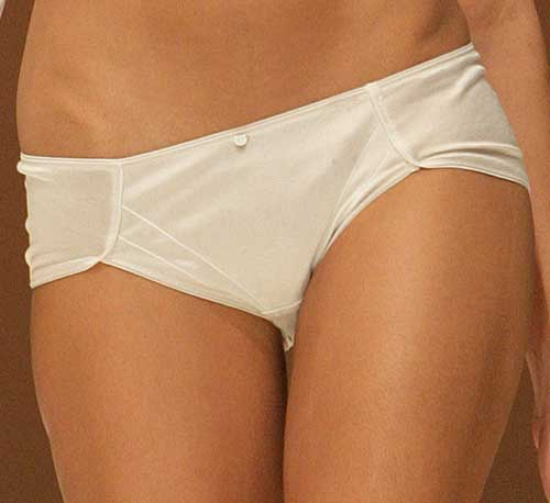 Wundervoll: Cream bottom.