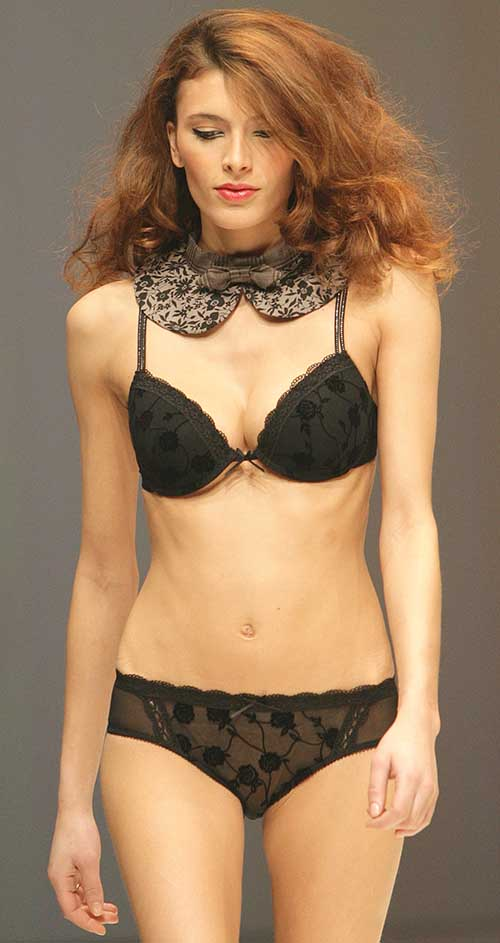 Sassa: Jacquard panther bra and brief.