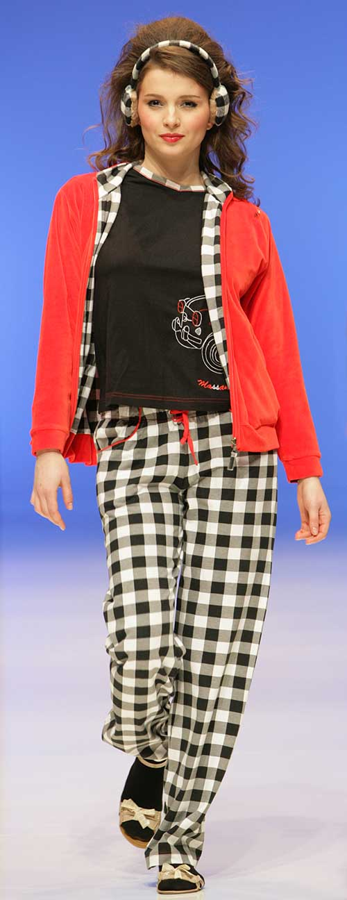 Massana: Red jacket with black and white pajama.