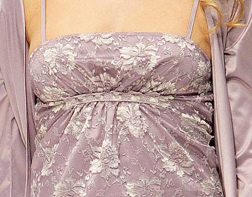 Jolie Princesse: Mauve pajama top and kimono.