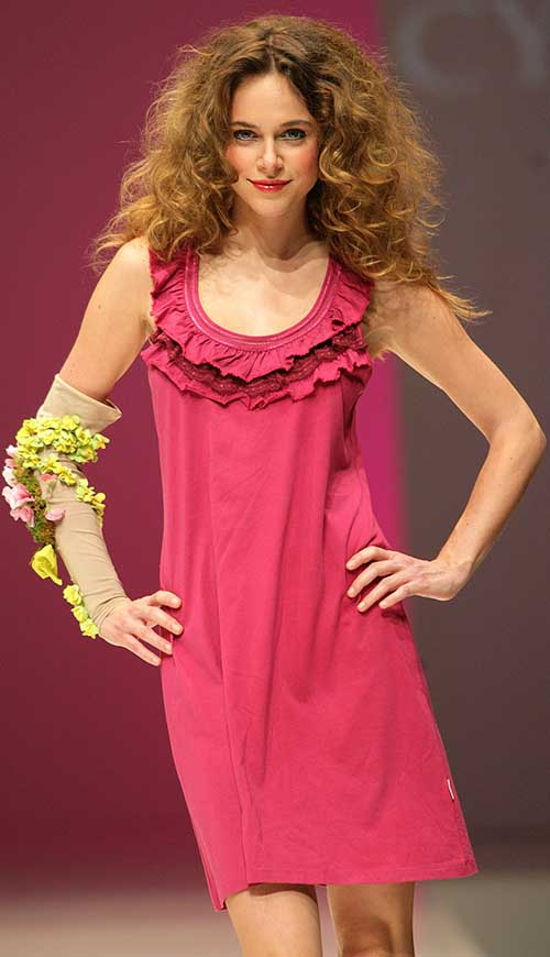 Cyell: Pink night dress.