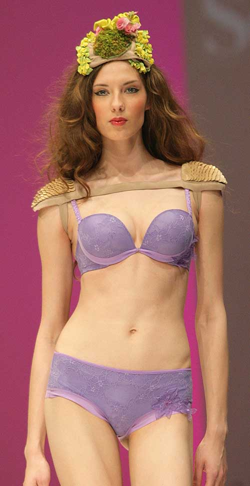 Selmark: Mauve bra and boxer.