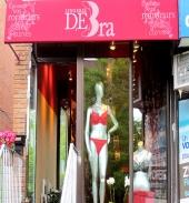 DEBra lingerie - Inside