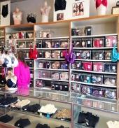 Tina-Marie Shop - Front
